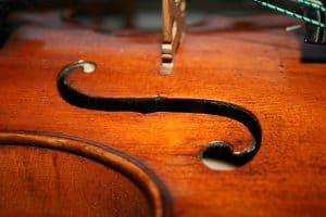 viola sound hole