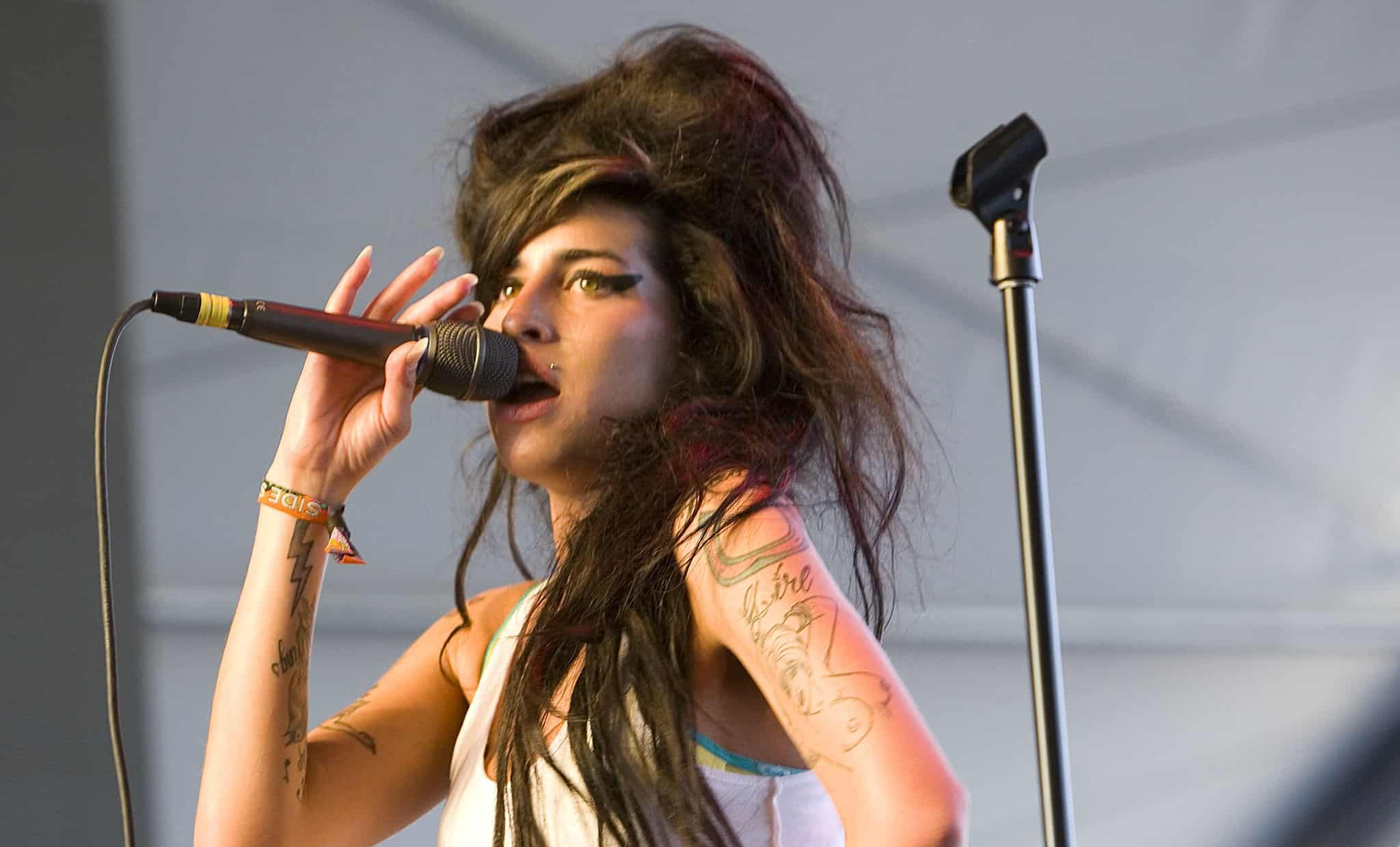 amy winehouse live