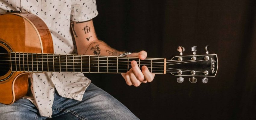 21 common guitar mistakes & how to avoid them
