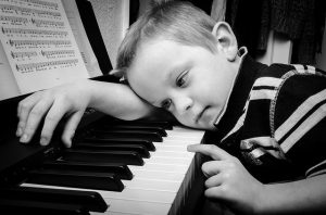 Common piano mistakes: not practising consistently