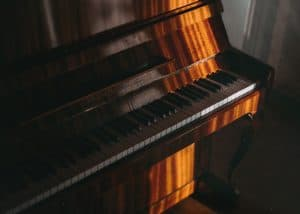 How to care for a piano: avoid direct sunlight