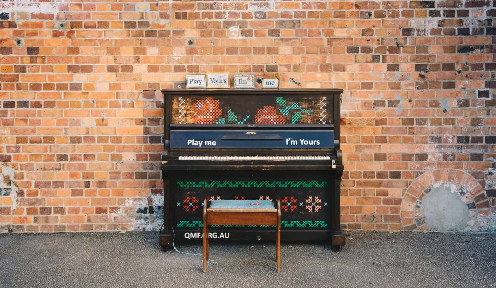 How to care for a piano: keep the temperature constant