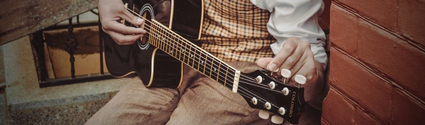An easy guide to standard guitar tuning